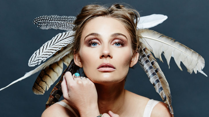 Clare Bowen (c) Wizard Promotions