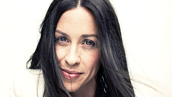 Alanis Morissette (c) Crush Malibu Music Management